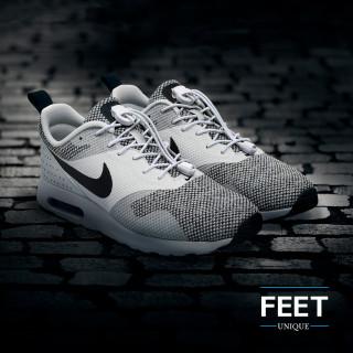 Elastische witte schoenveters met sluitsysteem