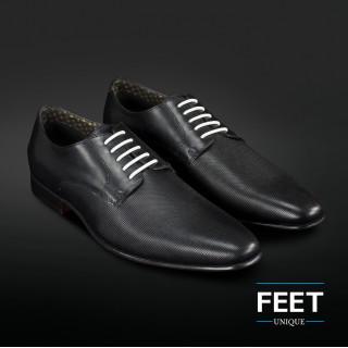 Witte ¨Strikloze¨ schoenveters voor nette schoenen