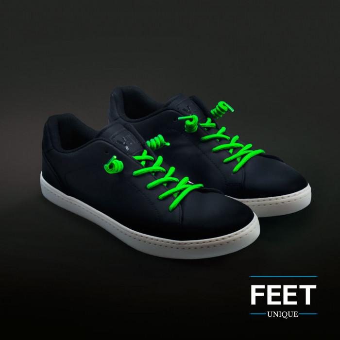 Neon groen gekrulde schoenveters