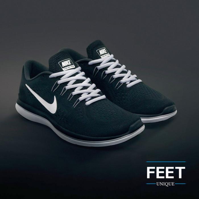 Ovale lichtgrijze schoenveters