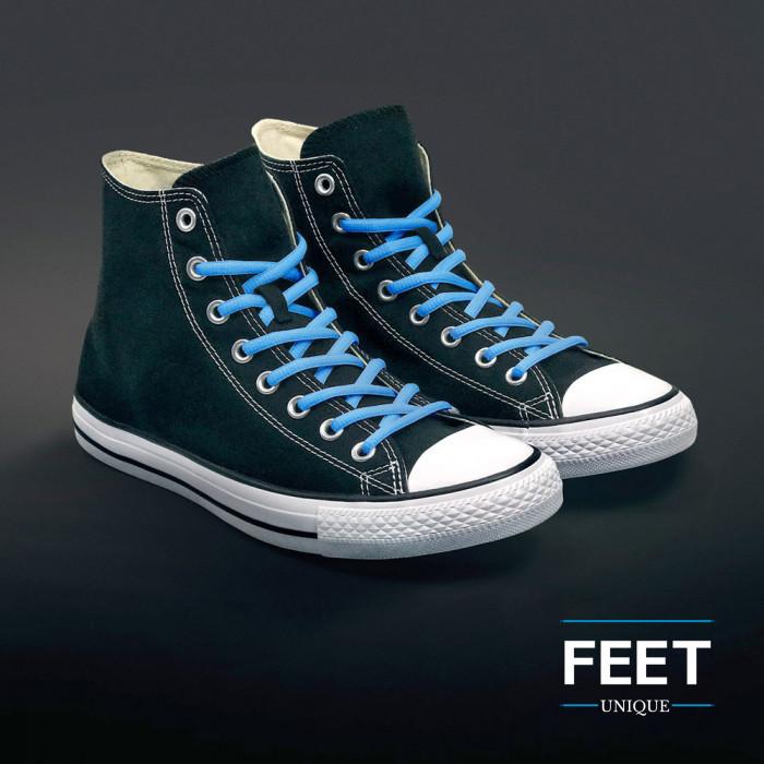 Ovale lichtblauwe schoenveters