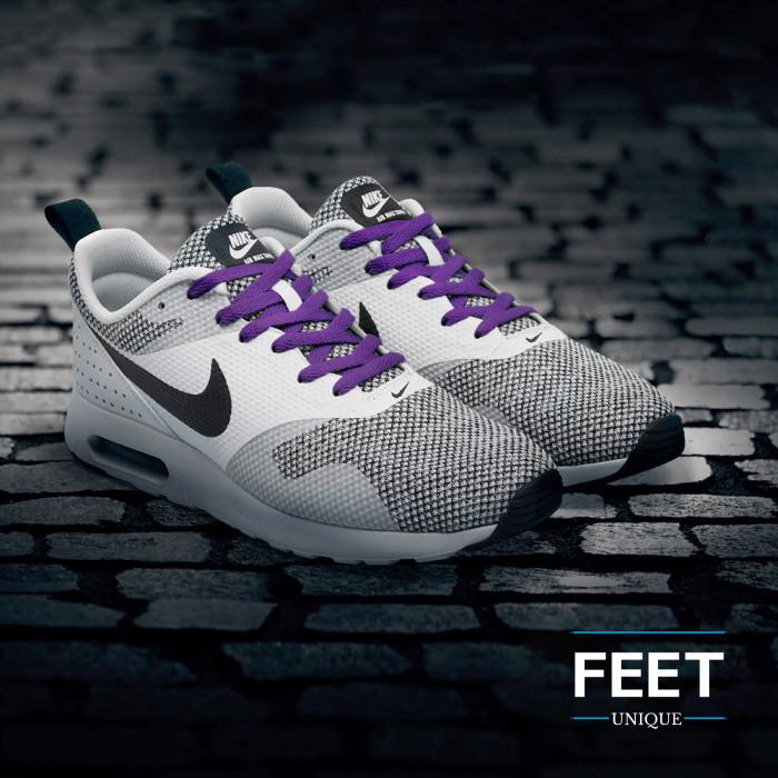 Platte paarse schoenveters